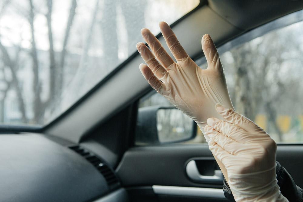 Κορονοϊός: Tips για να απολυμάνετε το αυτοκίνητο σας